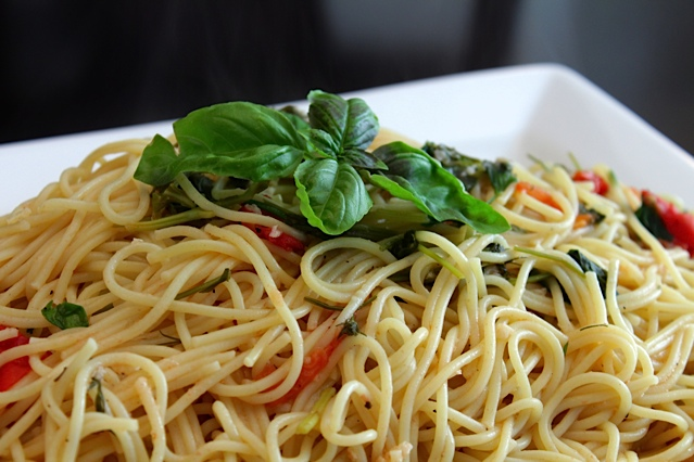 Springtime Herb Pasta with Fresh Tomatoes