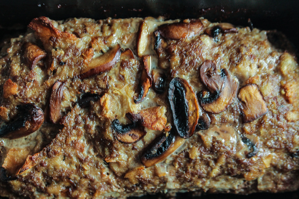 Classic Meatloaf with Mushrooms